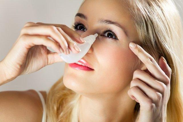 Colírio para conjuntivite, lubrificante, antialérgico e anti-inflamatório