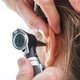 What can cause and how to alleviate ear pain