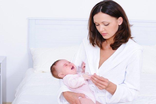 Sintomas de pneumonia no bebê e como tratar