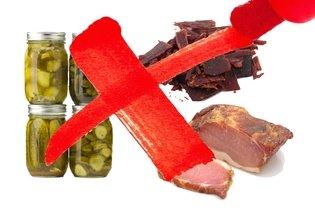 Picles e carnes salgadas e defumadas causam câncer