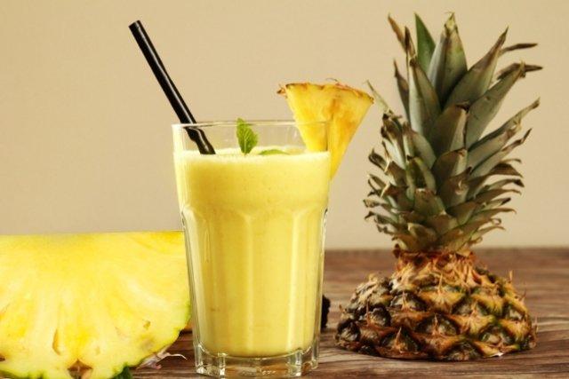 Suco de abacaxi para desintoxicar o fígado