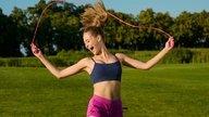 7 Beneficios de saltar la cuerda para la salud