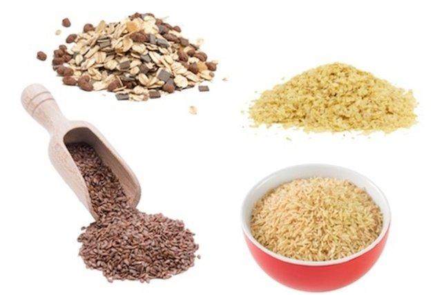 Comer alimentos ricos em fibras