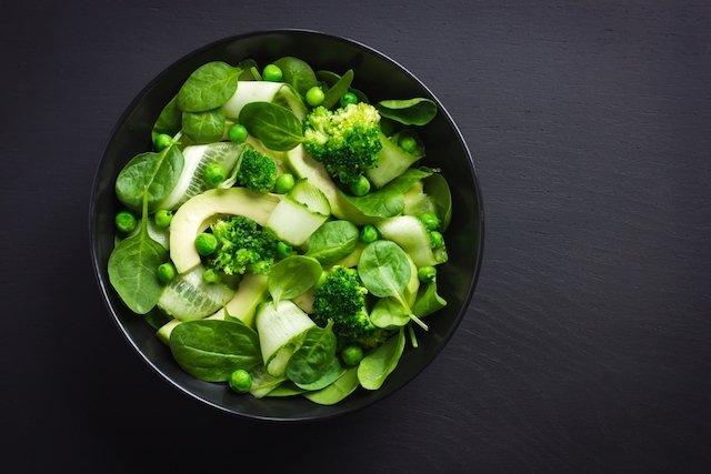 Saiba quais são os Alimentos diuréticos para Desinchar