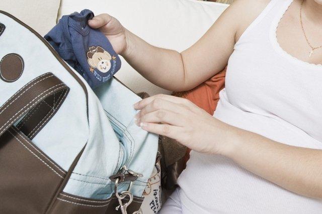 O que deve ter na mala do bebê para o hospital