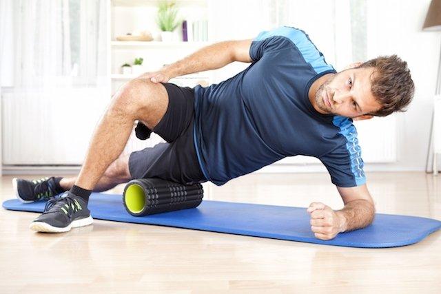 Como usar o Rolo de Auto Massagem para diminuir a Dor no pós treino