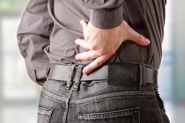 Causas mais comuns de dor nas costas e no abdômen