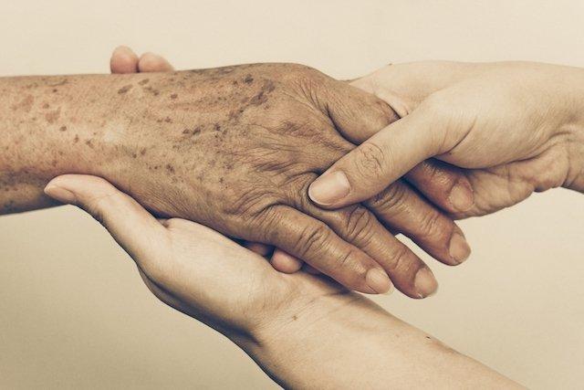 Como identificar e tratar as 7 Doenças de pele mais comuns no Verão