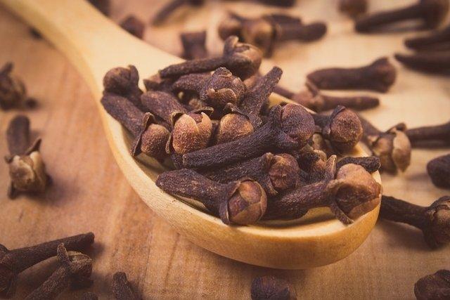 5 Remedios caseros para curar el orzuelo rápido