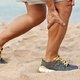 Dor na batata da perna (panturrilha): 8 causas e o que fazer