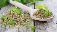 Cómo hacer que baje la regla: 4 opciones de tés naturales