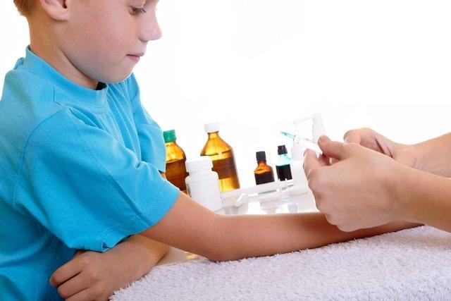 As vacinas são a melhor maneira de proteger a criança contra doenças graves