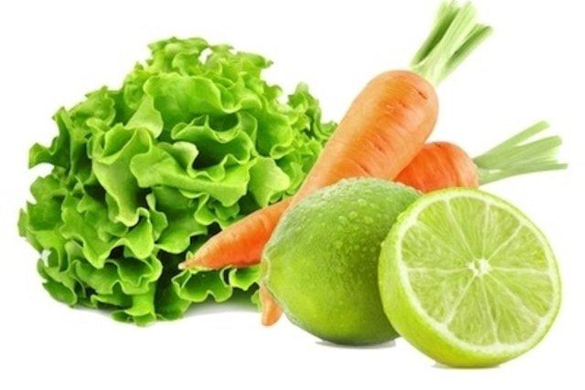 Salada de alface, cenoura e limão para baixar o colesterol