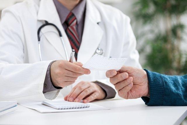 Qual médico que trata de cada doença
