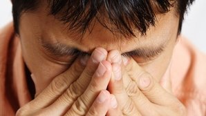 12 Causes and treatments for eye pain