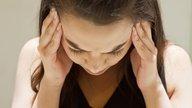 Enxaqueca com aura: o que é, sintomas e como é o tratamento