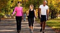 ¿Cómo bajar de peso y adelgazar caminando?