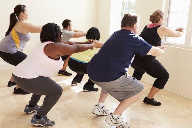 3 Exercícios de Pilates para quem está acima do peso