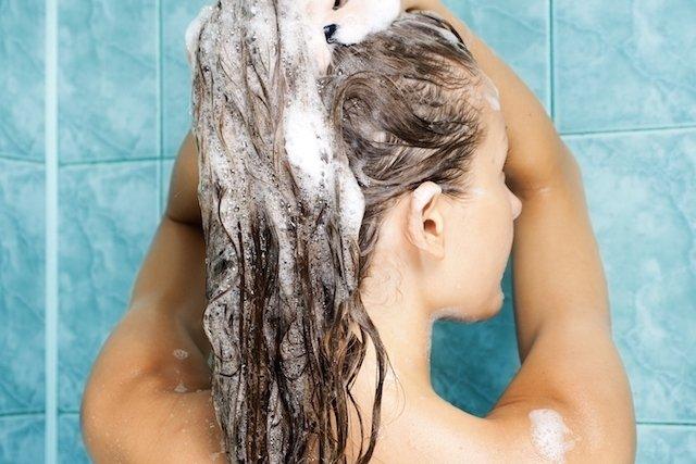 Remédio caseiro para irritação no couro cabeludo