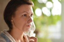 Nebulização com soro fisiológico