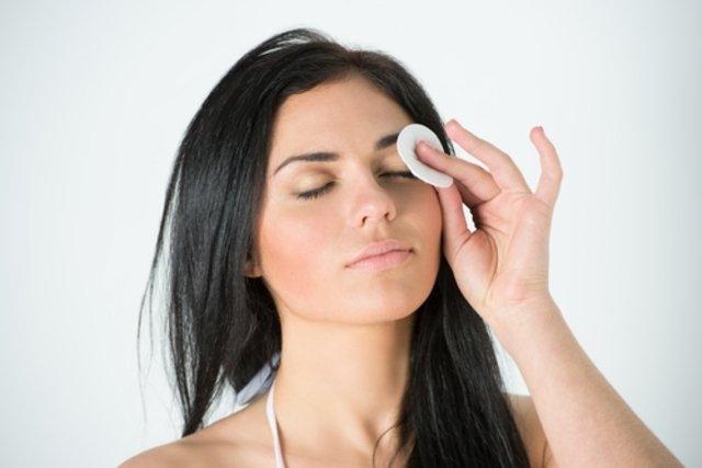 Solução Caseira para Olhos inchados
