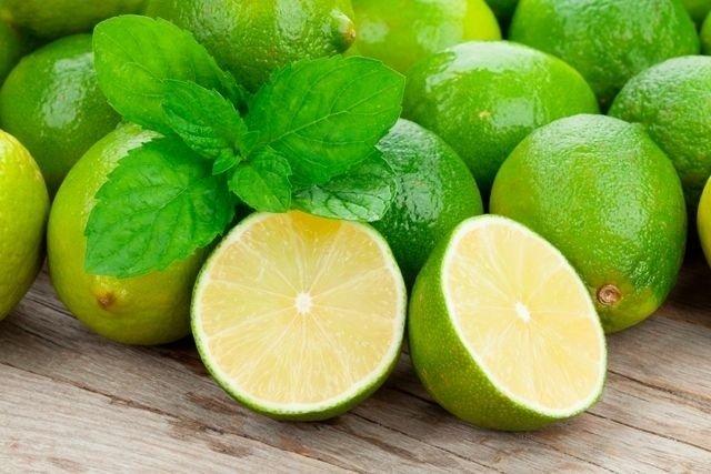 Suco de limão para dor de dente
