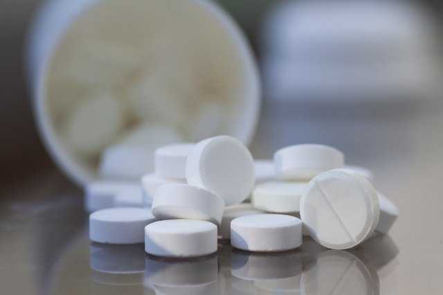 Amoxicilina e Clavulanato de potássio (Clavulin)