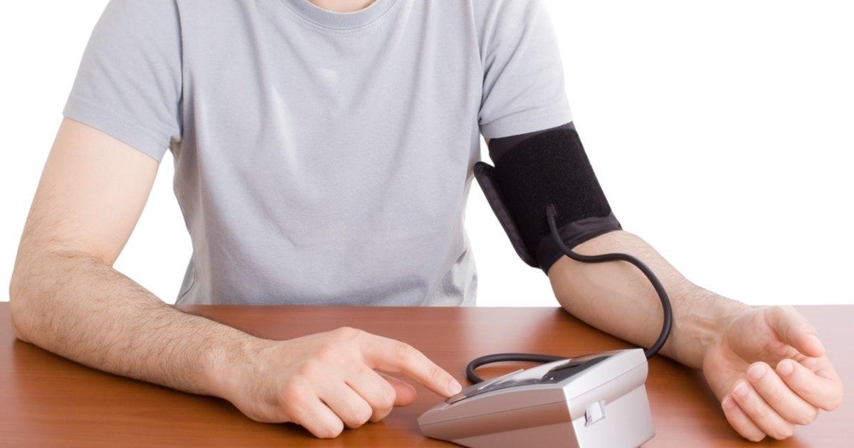 Tension arterial en que brazo se debe tomar