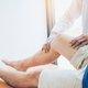 Dor nas pernas: 6 causas comuns e o que fazer