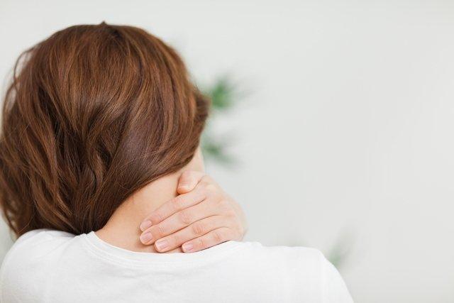 Dor na coluna cervical: o que pode ser e como tratar