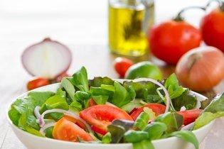 Salada de agrião com tomate