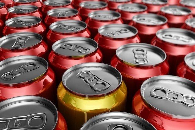Entenda porque tomar refrigerante faz mal à saúde
