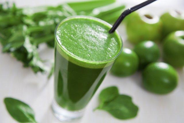 7 Sucos Detox para emagrecer e limpar o organismo