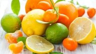 Acidic fruits for the stomach