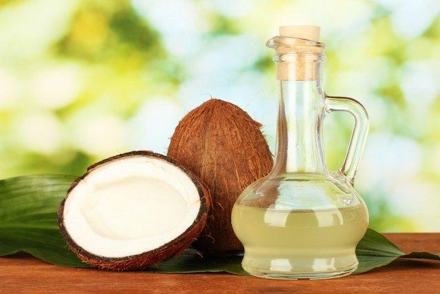 Óleo de coco emagrece mesmo?