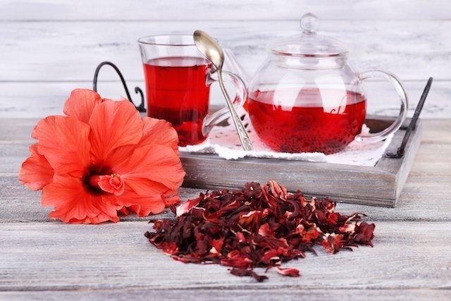 Chá de hibisco para emagrecer facilmente