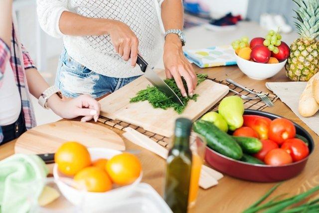 5 Benefícios de comer devagar
