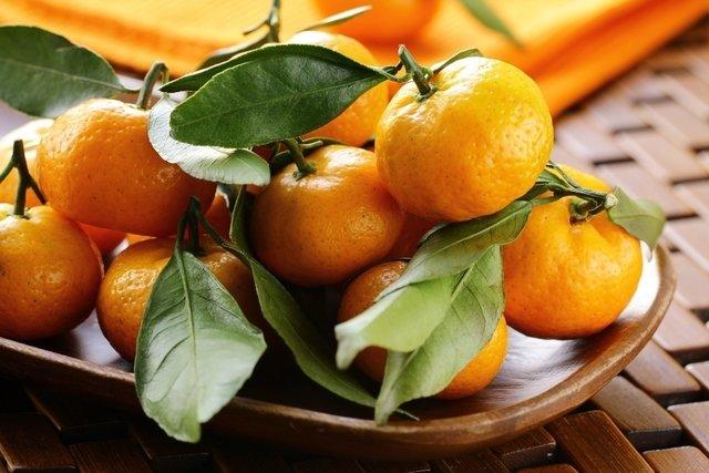 10 frutas para emagrecer (com poucas calorias)