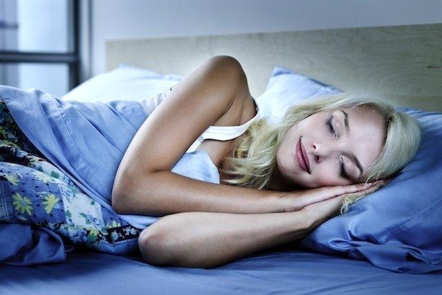 Cómo dormir rápido en 8 pasos