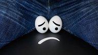 ¿Qué puede causar bolitas en los testículos?
