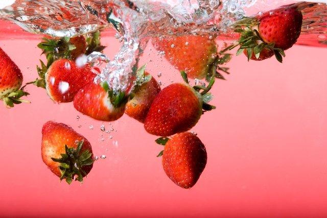 alimentos ricos em agua 38426 l - 14 alimentos mais ricos em água