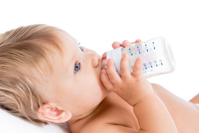 O que é bom para soltar o intestino do bebê