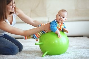 5 passos para acalmar o bebê para Dormir a noite toda