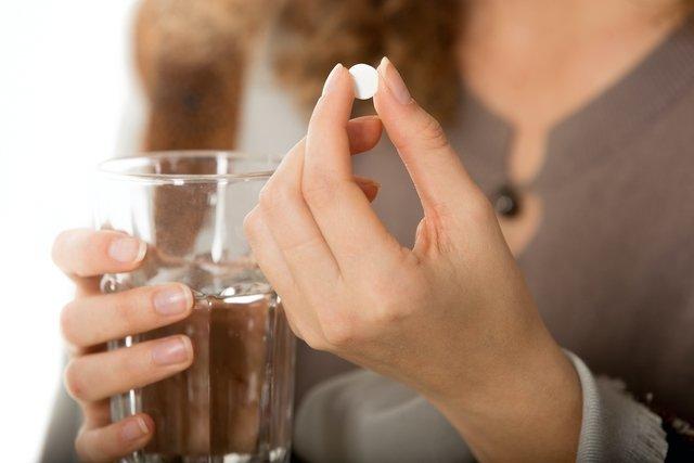 Metoclopramida (Plasil): para que serve, como tomar e efeitos colaterais
