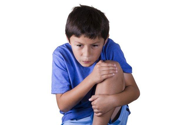 Dor no joelho e na perna pode ser sinovite