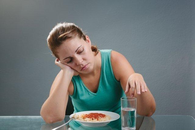 O que pode ser a falta de apetite e quando ir ao médico