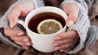 Mãos e pés gelados: 10 principais causas e o que fazer
