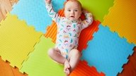 Desenvolvimento do bebê com 3 meses: peso, sono e alimentação