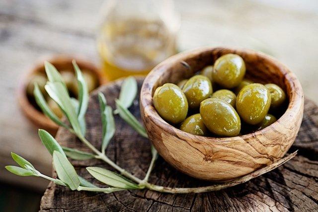 9 benefícios da azeitona para a saúde