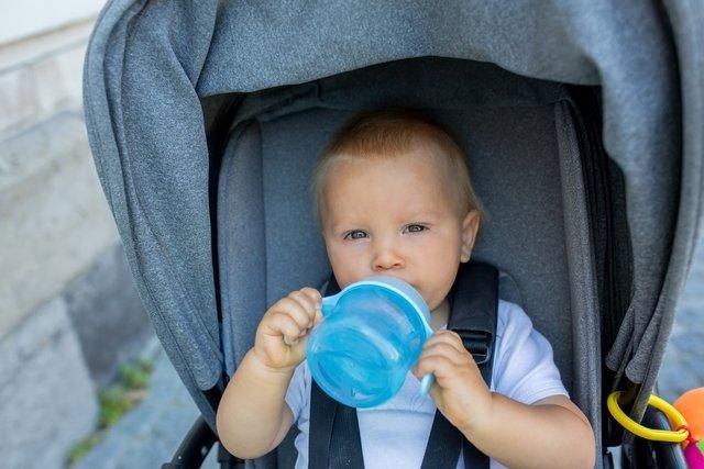 10 sinais de desidratação em bebês e crianças